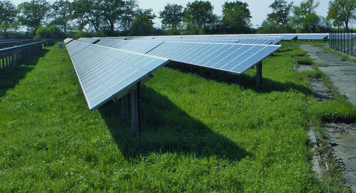 wing-shed-pasture-solar-energy-current-908292-pxhere.com